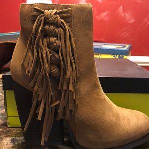Shoes - Super Cute Boots